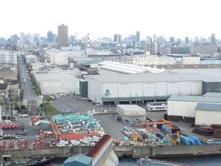 港の貨物駅